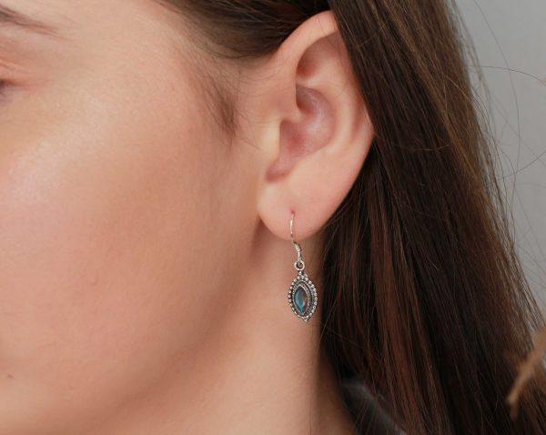 labradoriet edelsteen oorhangers