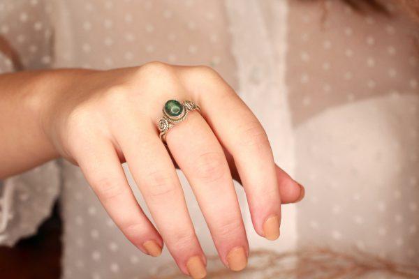 groen apatiet ring