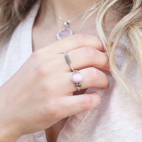 roze opaal ring